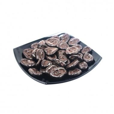 Банановые чипсы в темной шоколадной глазури