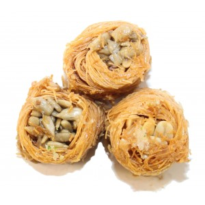 Пахлава гнездышки с арахисом